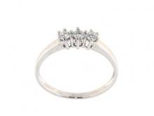 Anello in  oro 750/1000 bianco con diamanti