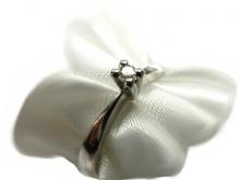 Anello in oro 750/1000 bianco con diamante