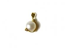 Ciondolo in oro 750/1000 con perla